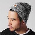 ニット帽選びはまずカーハートから。大人に最適な被り方とおすすめ8品