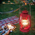 キャンプ照明の主流はLEDランタン。その利点やオイル・ガスランタンとの違いとは?