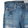AGの魅力を深掘り! 大人に似合う、美しいジーンズの魅力はなんだ?