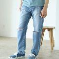 レッドカードのジーンズは、なぜおしゃれな大人に愛されるのか?