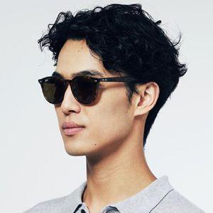 レイバンのサングラス。人気を支える名作3モデルと大人向け注目5モデル