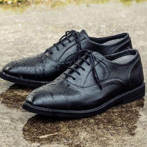 レインシューズ17選。オン・オフ別に使える雨靴をお届け