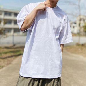 デカく着るべし。プロクラブのTシャツ&ウェアは、LAの精神を宿すタフな1枚