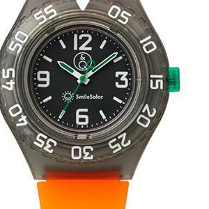 コスパ良し。Q&Qの腕時計が大人の休日にハマる理由