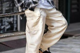 案外カンタン。白パンツのコーデをモノにする、とっておきの着こなし法則5