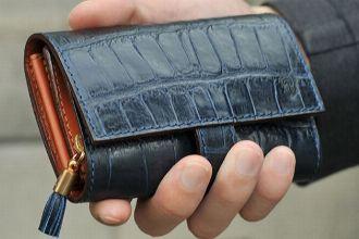 フェリージの財布が大人に刺さる理由と、その魅力を大解剖