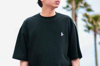 粋な遊びが効いてます。チャムスのTシャツ、今年の15選