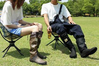 日本野鳥の会の長靴はおしゃれで機能的。アウトドアから街までお任せ
