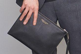 意外と悩む結婚式のバッグ、その最適解とは? 選びのポイントとおすすめ10品