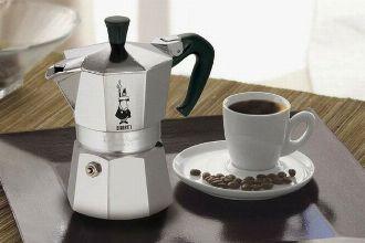 手間暇かけて煎れる喜び。マキネッタで極上のコーヒータイムを