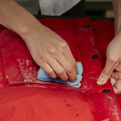 ダウンジャケットが自宅で洗える! 洗濯のプロ流お手入れ方法とは?