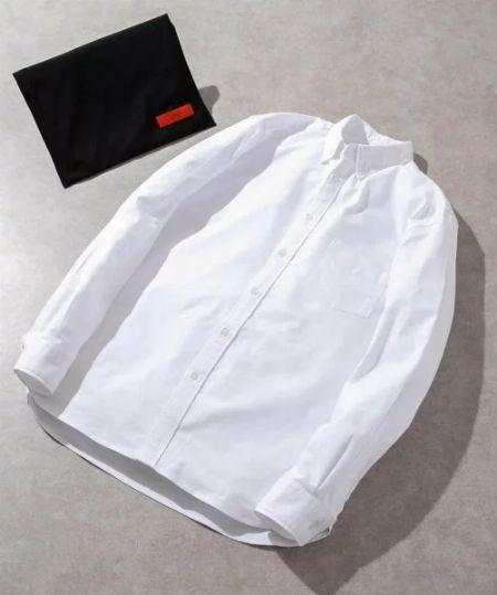 """シャツは""""ホワイトかライトブルー""""の2色からチョイスして、好感度を狙う"""