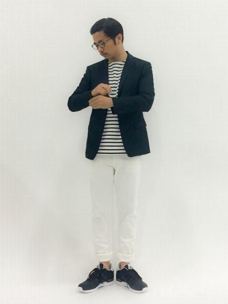 (D)ボーダーカットソー+(G)ホワイトジーンズ