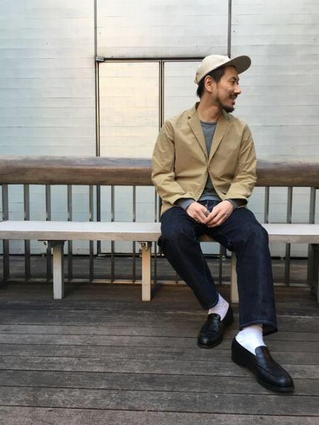 (F)インディゴジーンズ+(J)短靴