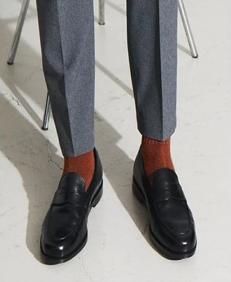 ビジネスでもカジュアルでも、ローファーを履くなら押さえたい2つの前提 2枚目の画像