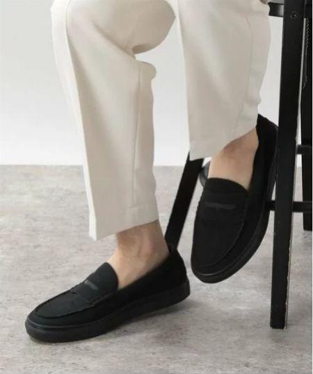 ビジネスでもカジュアルでも、ローファーを履くなら押さえたい2つの前提