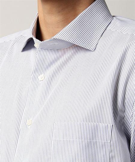▼ポイント1:シャツはホリゾンタルカラーでノータイをおしゃれに見せる