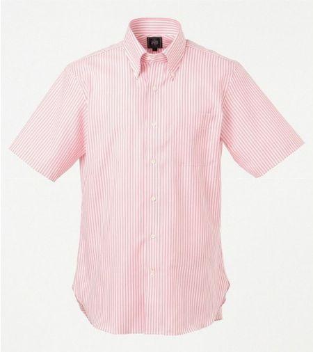 半袖シャツは細かい柄の入ったモノだとよりスタイリッシュ