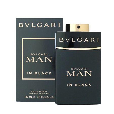 『ブルガリ』マン イン ブラックで大胆な男に