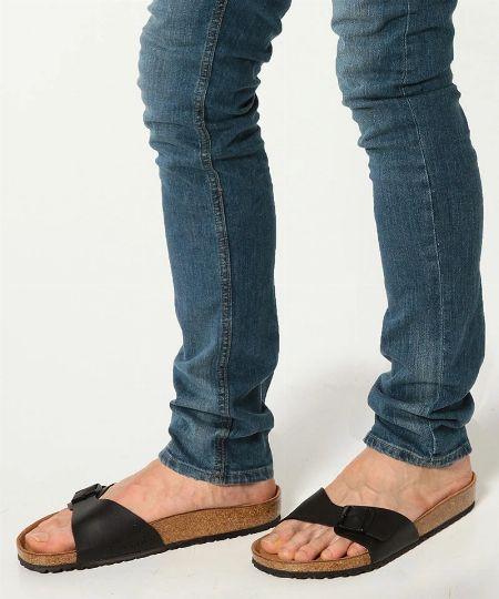 矯正靴としての出自を堪能できる「マドリッド」