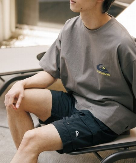 着用シーンを意識した素材選びも大切