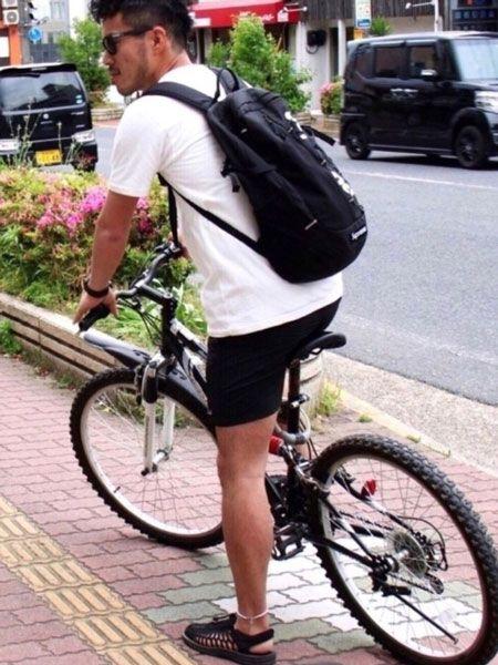 ファッション性と機能性を両立させた自転車コーデ