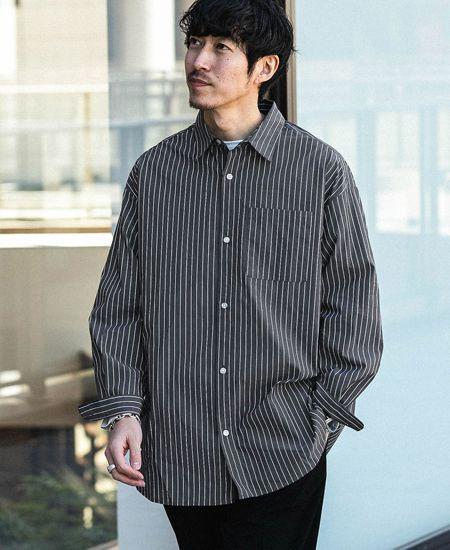 大人っぽくて個性的。ストライプシャツが人気です