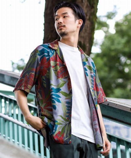 アロハシャツを普段使いするのは今や当たり前!