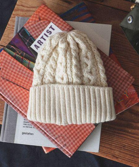 冬はウールやカシミヤなどの保温性の高い素材