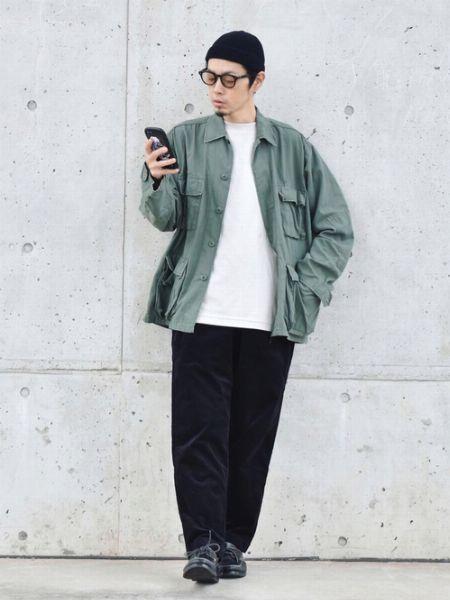 黒ニット帽×メガネ