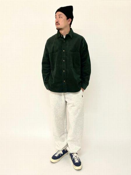 ニット帽×ギンガムチェックシャツ