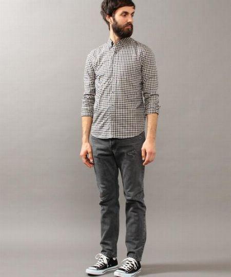 ギンガムチェックシャツはとことんシンプルに着る