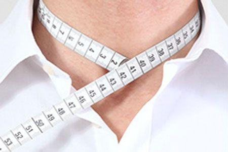 首周りは喉仏の下あたりを測りましょう