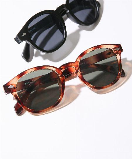目の保護にもファッションのサポートにも。夏にはサングラスがマストハブ