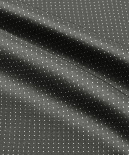 ネクタイやチーフを活用してコーデの華やかさをアップ 2枚目の画像