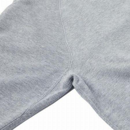 """圧倒的""""普通""""。スウェットシャツのお手本を貫く「LW01」 2枚目の画像"""