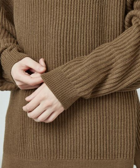 ▼視覚的にスマートに見せる効果のあるリブ編み
