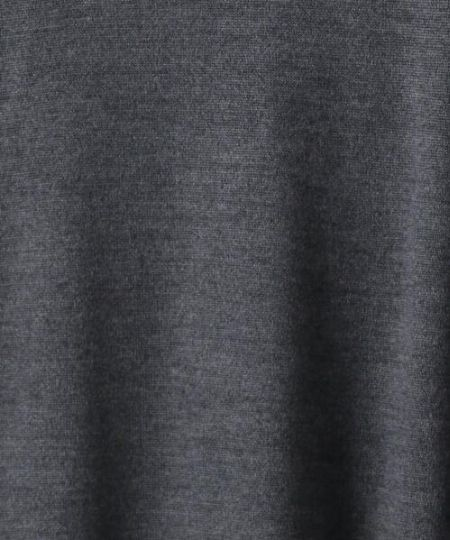 ▼クリーンかつフラットな表面感が特徴の天竺編み