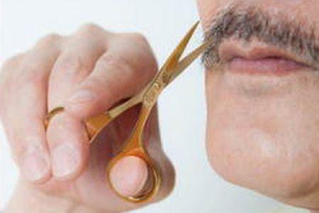 ひげをカットして整えよう