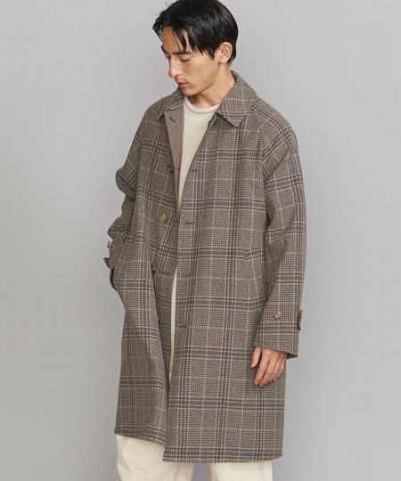 「ステンカラーコートはダサい」。それは選び方と着こなし方に難アリ