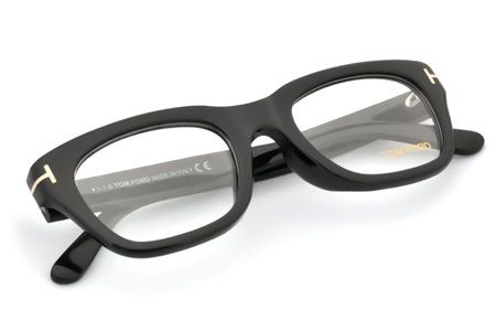 目元をリッチに飾る。『トム フォード』のメガネ&サングラス9選