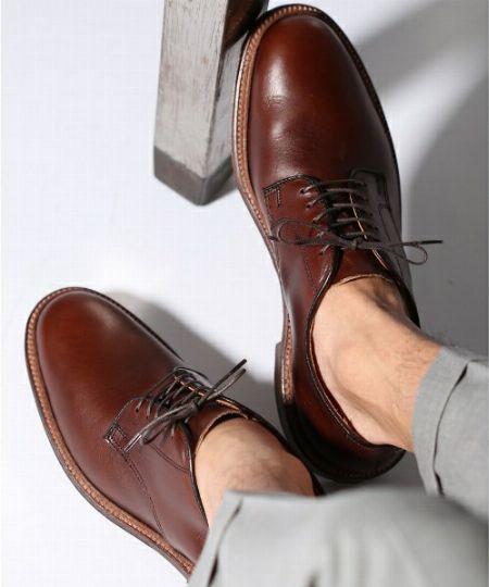 革靴もブーツも。困ったときには定番に戻りましょう。