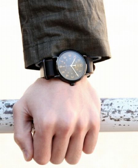 """大人気ブランドから普段使いできるものまで。幅広い選択肢から""""腕時計""""を厳選"""