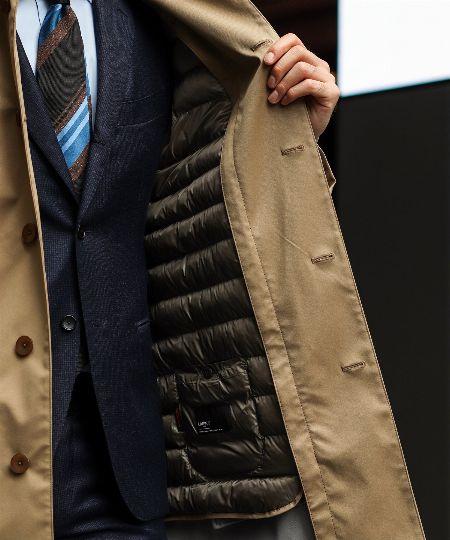 防寒性も見た目も抜群。スーツに似合うきれいめダウンが欲しい! 3枚目の画像