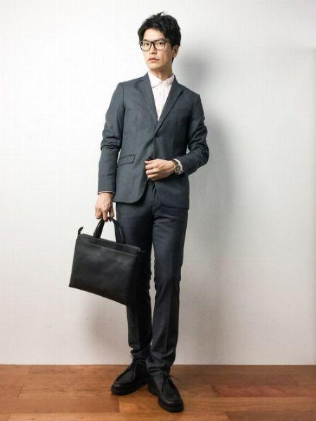 オン・オフともに使える『クレマン』革靴のコーデ 7枚目の画像