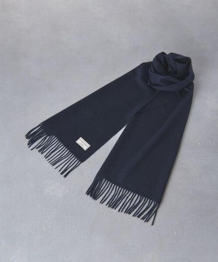 「編み」より「織り」のマフラーを