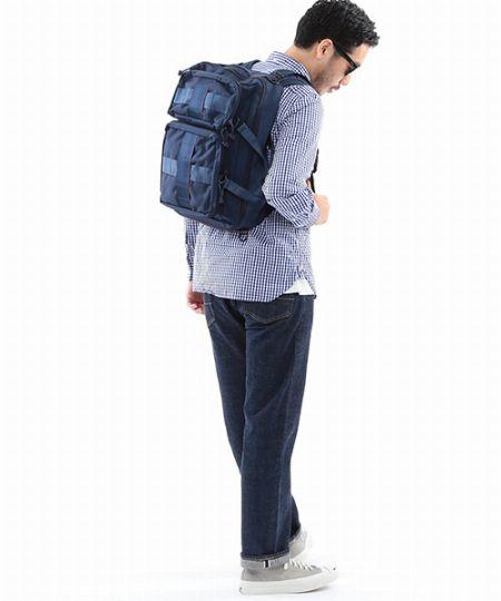 結論。体に密着しつつも背中がムレない機能性こそ、大人のリュックには必要