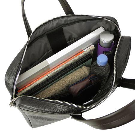 モノとしてのバッグを追求した、使い勝手にも優れた製品開発