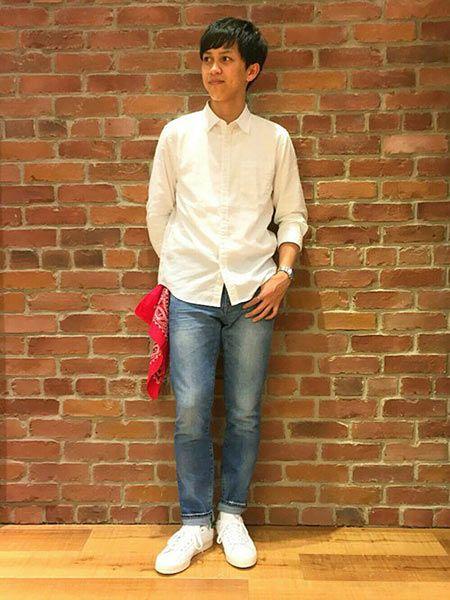白シャツ×ジーンズが1番カッコイイ!
