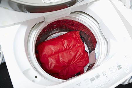 8.洗濯機で脱水する